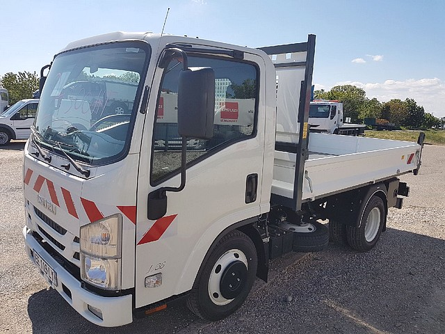 Photo ISUZU NLR€5 B+
