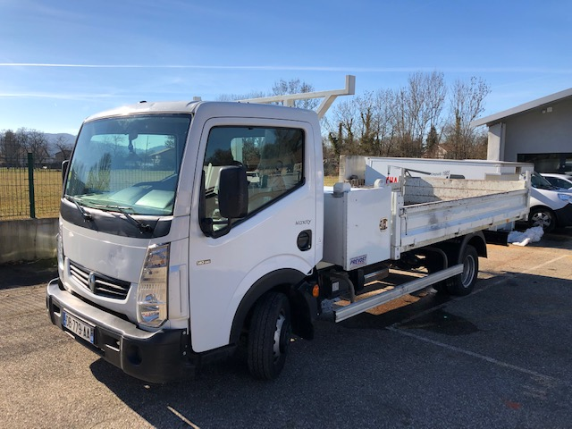 Photo RENAULT MAXITY 140