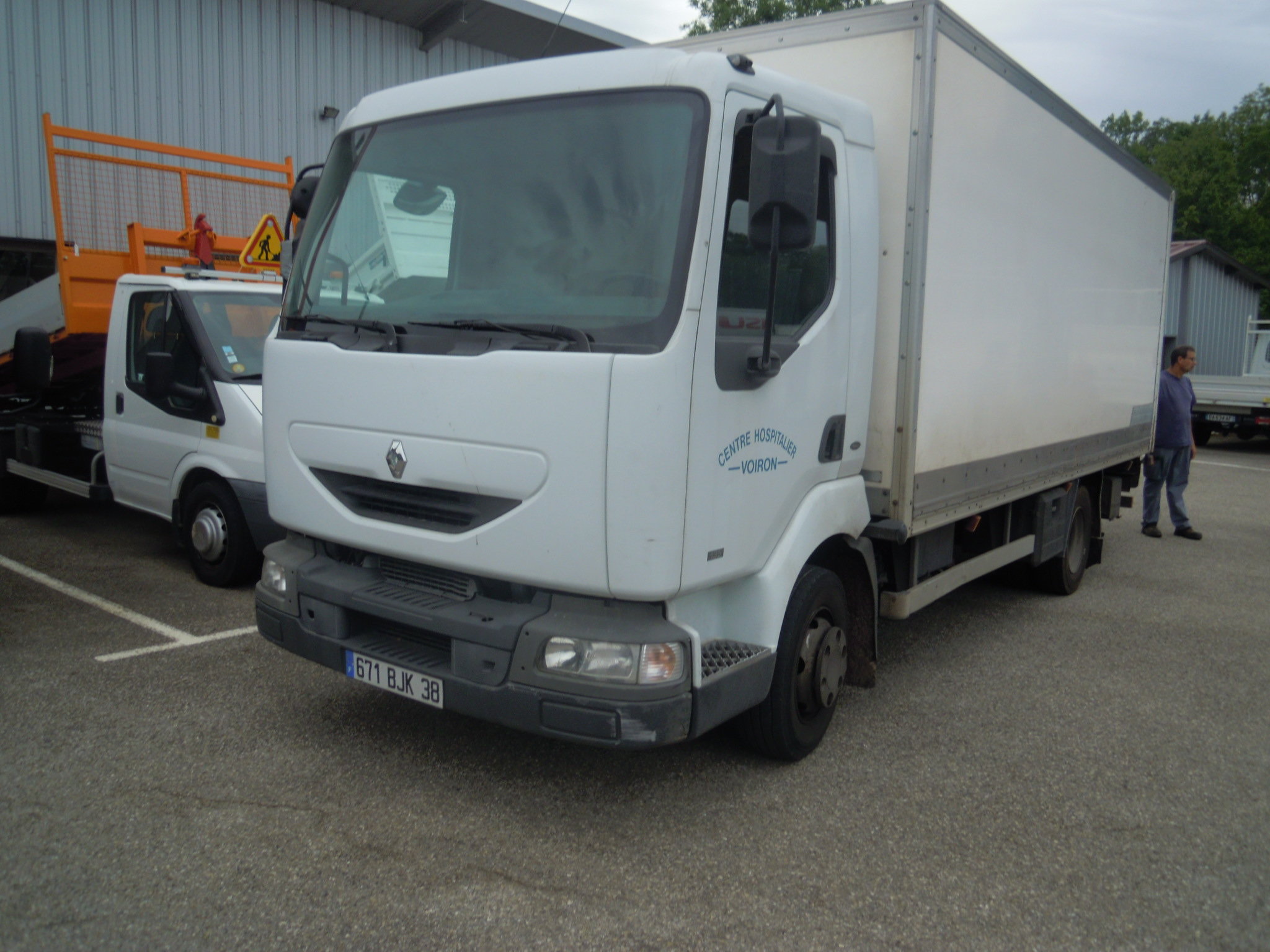 Photo RENAULT MIDLUM 135.10
