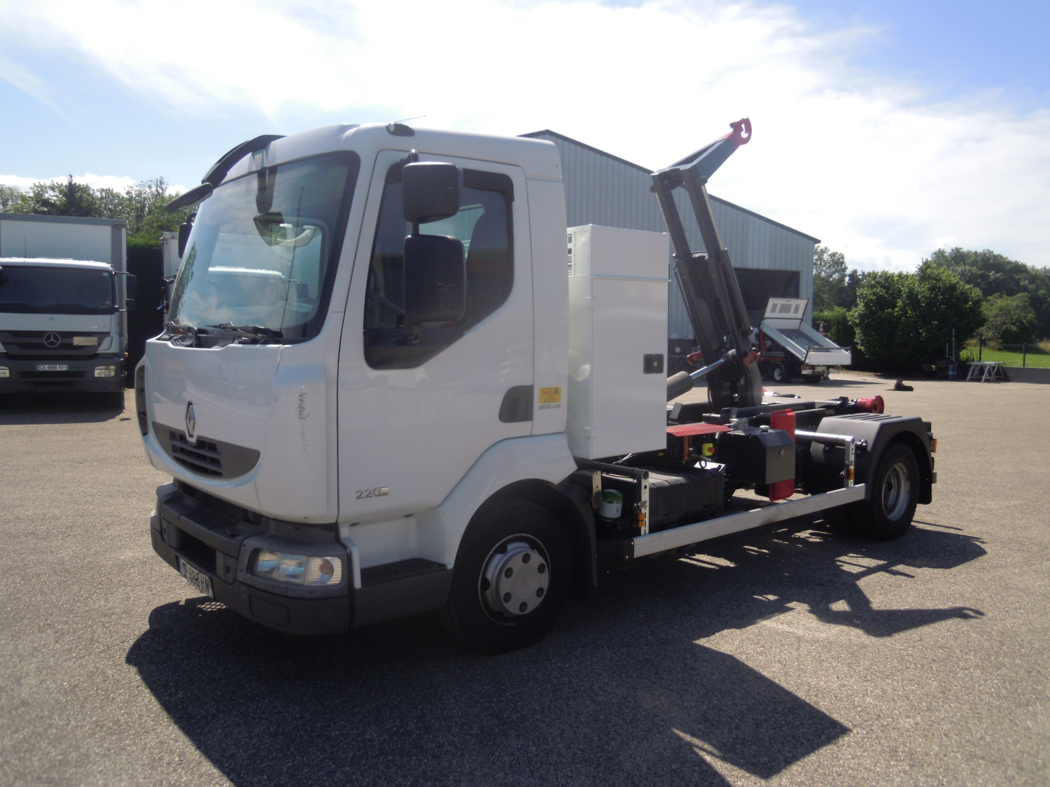 Photo RENAULT MIDLUM 220.10