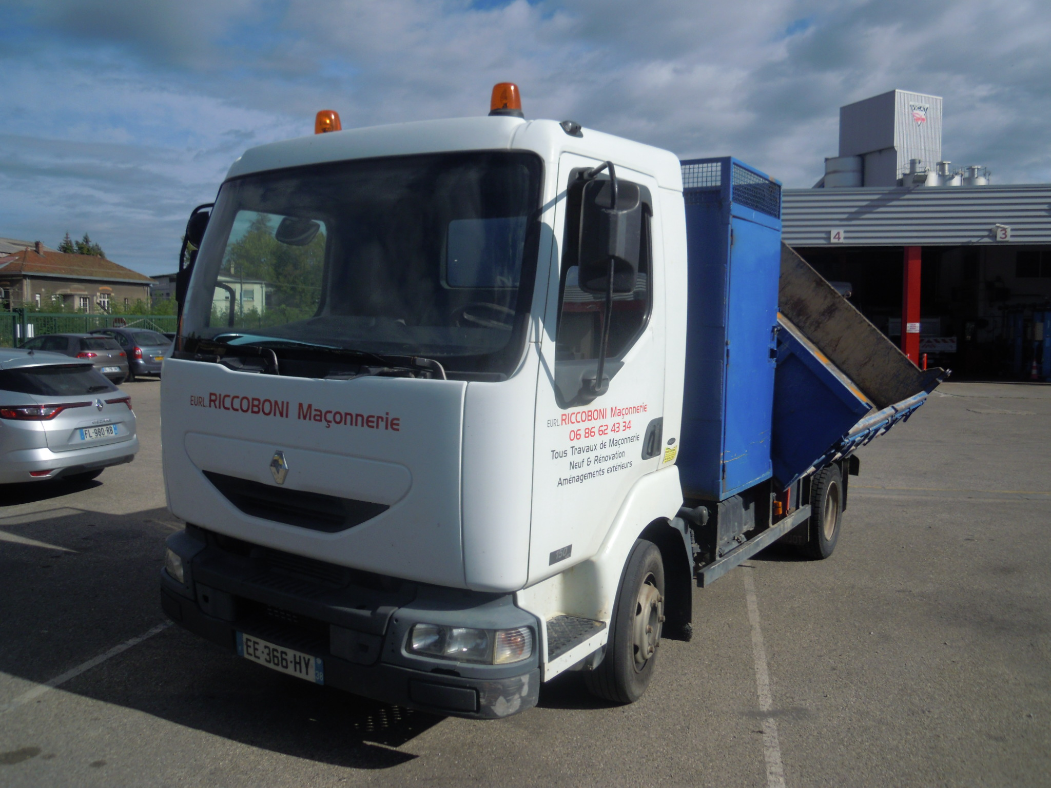 Photo RENAULT MIDLUM 150.09
