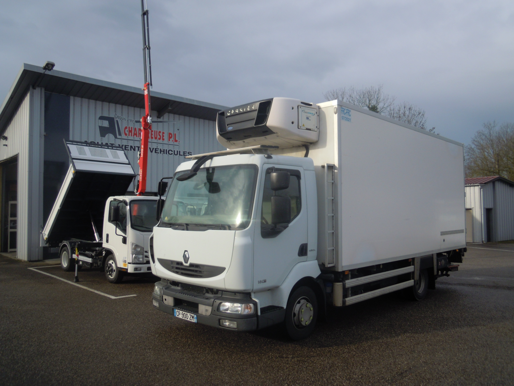 Photo RENAULT MIDLUM 180.10