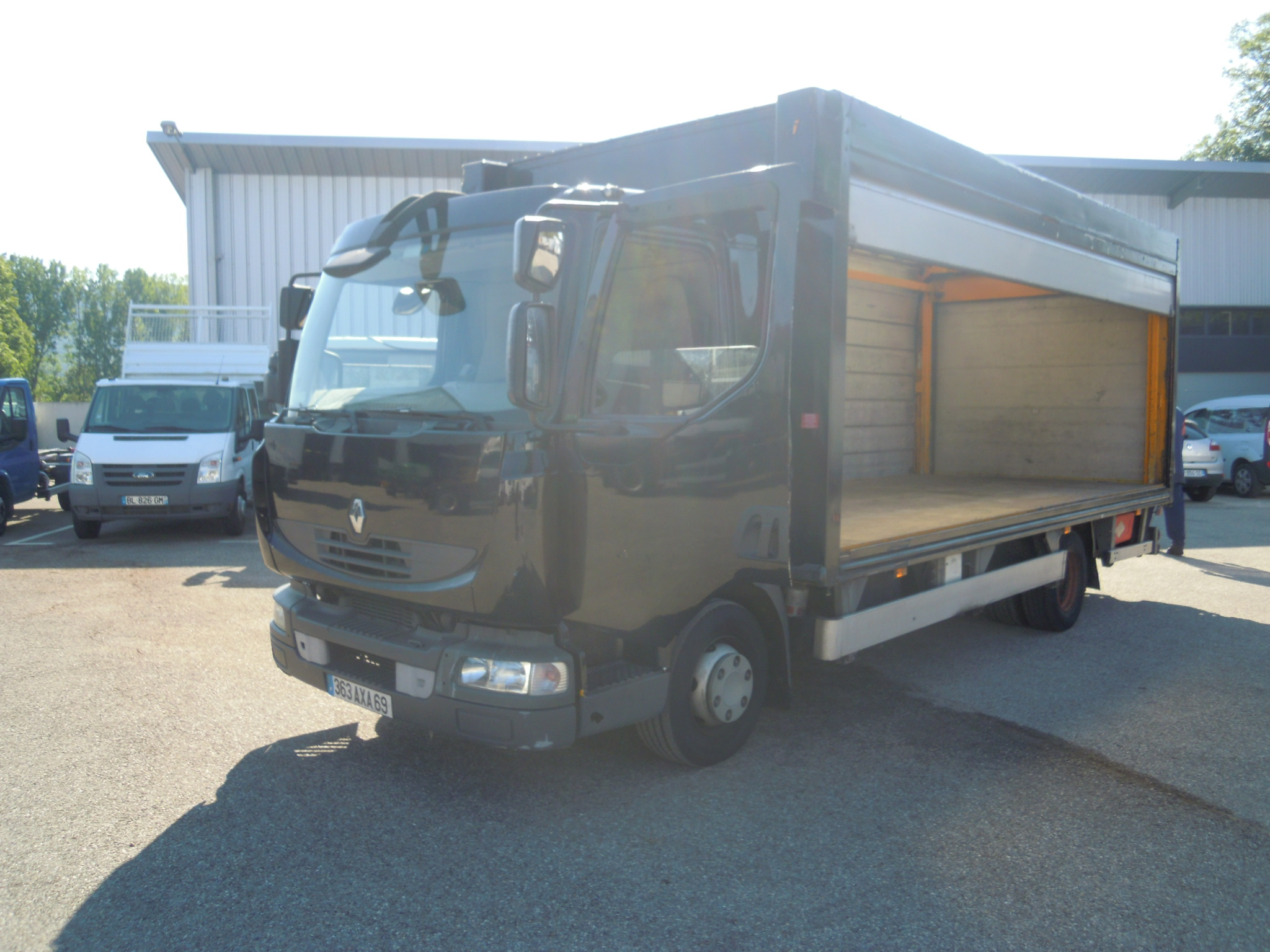 Photo RENAULT MIDLUM 190.12